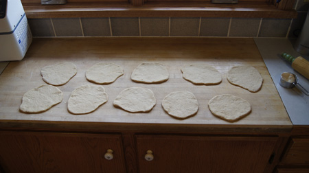10 little pitas
