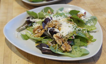 California Parmesah-Walnut Salad recipe